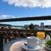 Ät frukost på Strand City Hotell